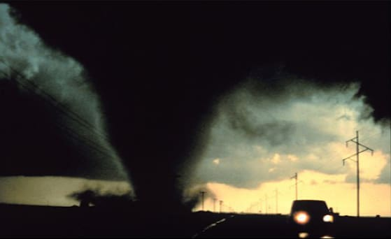 Know All About Storms & Tornadoes – Preparation Tips, Survival Methods