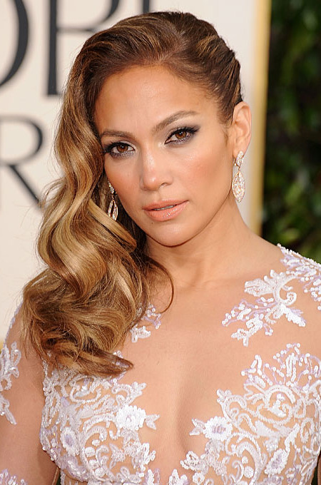 Jennifer Lopez Wavy Side Parted Hairstyle