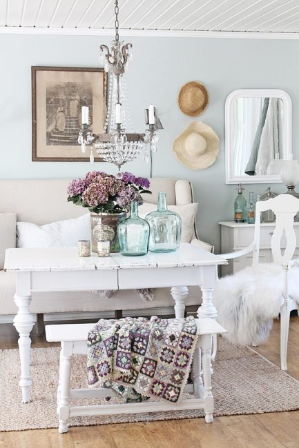 Decorating with demijohns, vintage glassware, how to use vintage glass, vintage decor ideas