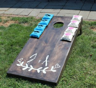 Esty Cornhole | OregonCraftandToys |Perfectly Posh Events