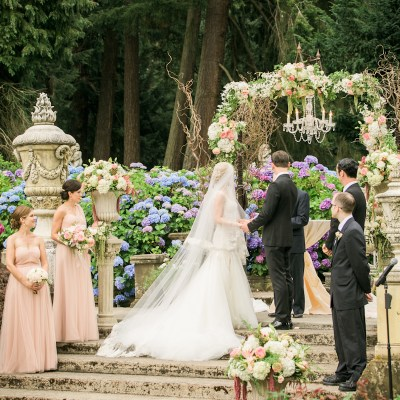 Thornewood Castle Wedding in Seattle | Enchanting Thornewood Castle outdoor ceremony | Perfectly Posh Events, Seattle Wedding Planner | Stephanie Cristalli Photography | Aria Style