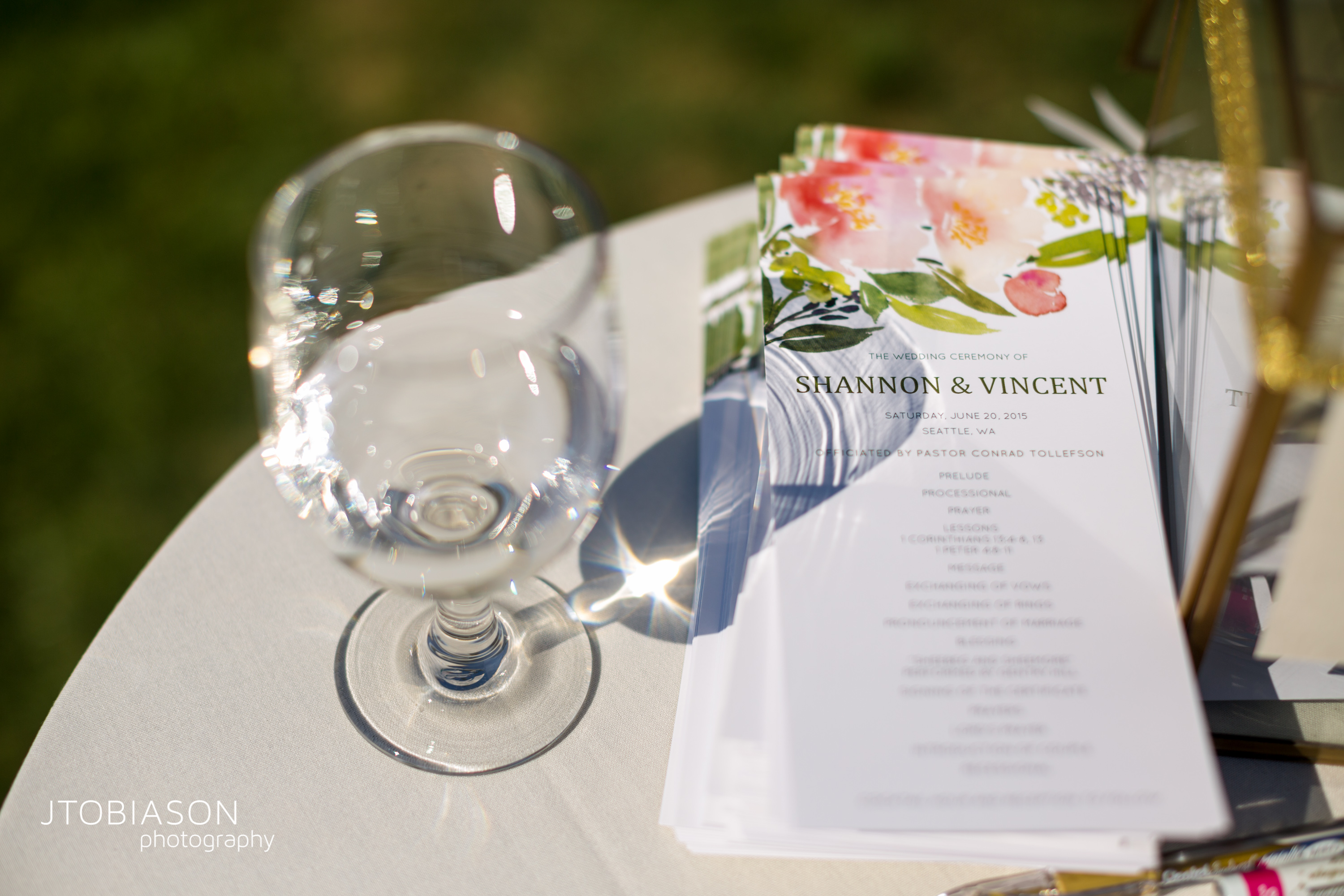 Seattle Tennis Club wedding in Seattle | Vibrant floral ceremony programs | Perfectly Posh Events, Seattle Wedding Planner | JTobiason Photography | Minted | Wedding Paper Divas