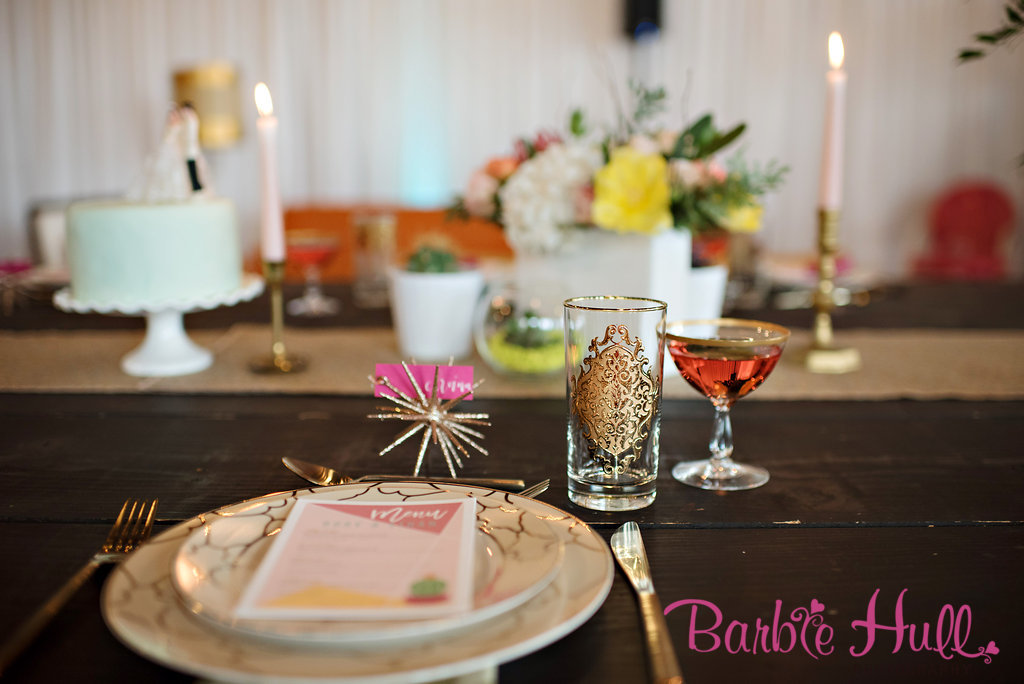 Seattle Wedding Show, I Do Sodo | Palm Springs Mid-Century inspired tablescape | Perfectly Posh Events | Barbie Hull Photography | CORT Party Rentals