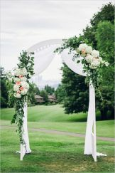 Glen Acres Golf Club | Seattle | Seattle Wedding Planner | Perfectly Posh Events | Barrie Anne Photography | Ceremony Arch | Butter and Bloom