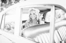 Glen Acres Golf Club | Seattle | Seattle Wedding Planner | Perfectly Posh Events | Barrie Anne Photography | British Motor Coach | Vintage Getaway Car