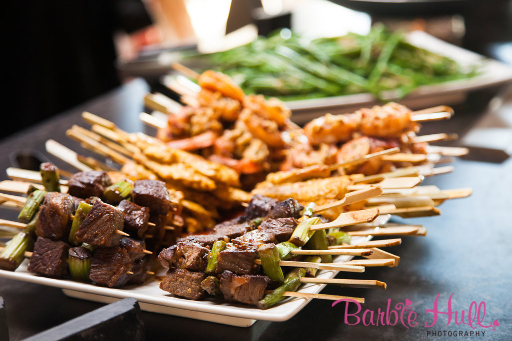 Choosing the Right Dinner Service | Buffet Style Examples | Perfectly Posh Events | Barbie Hull Photography