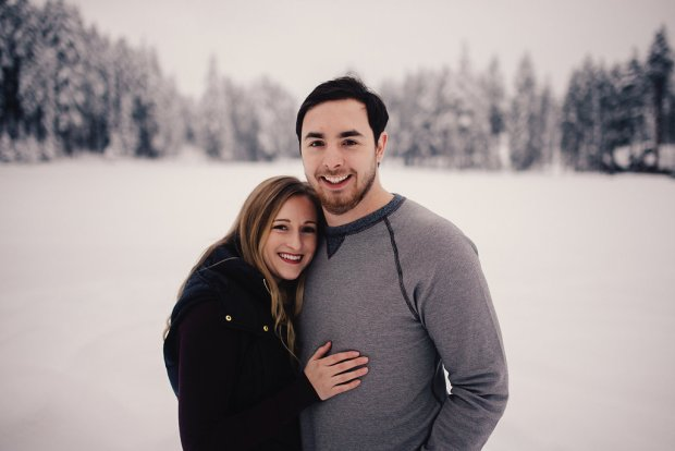PNW Winter Engagement Shoots | Winter engagement shoot in Roslyn, Washington with closeup of couple | Perfectly Posh Events | Roland Hale Photography