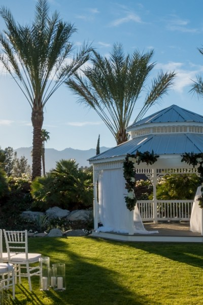 "Say ""I Do"" in a desert paradise: Palm Springs Wedding Venues"