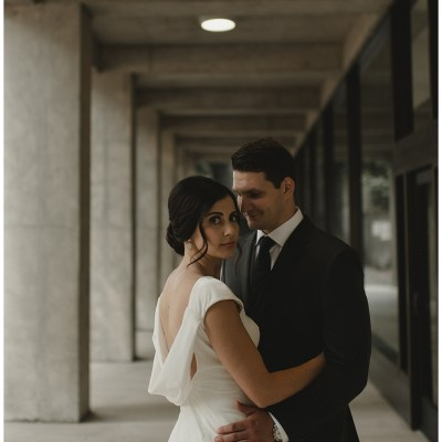 Wedding at Axis Pioneer Square in Seattle with bride wearing a velvet backless wedding gown | Wedding Planning + Design by Perfectly Posh Events | Photo by CARINA SKROBECKI | #perfectlyposhevent