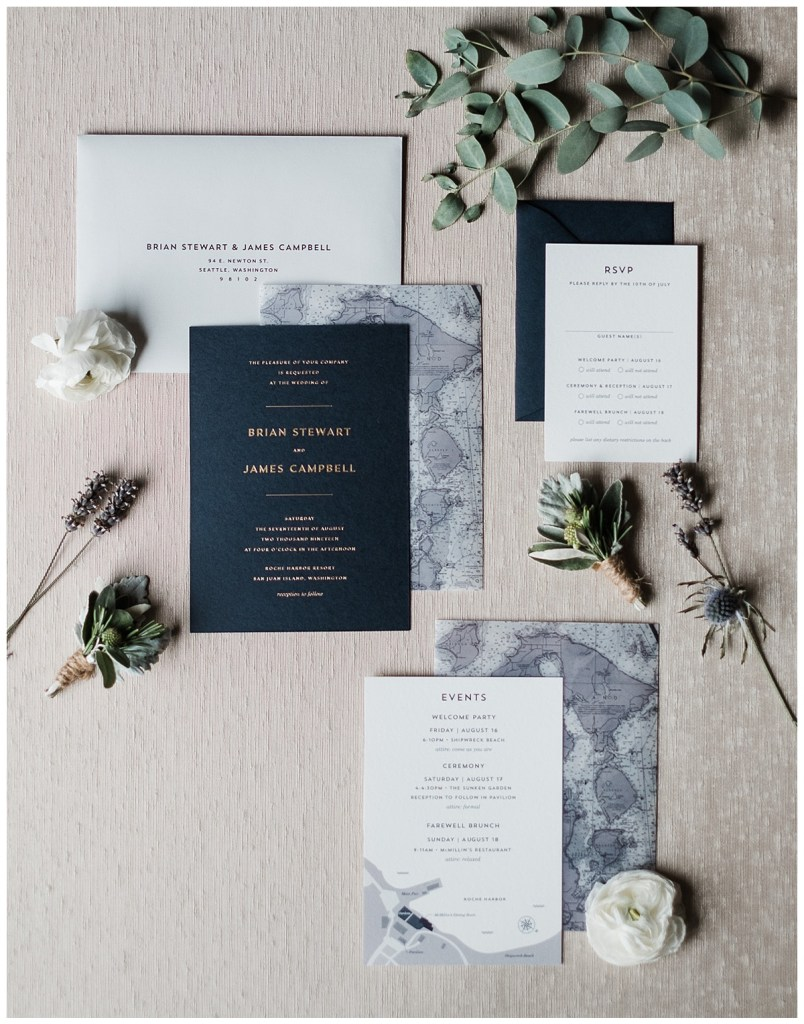 Modern and clean wedding invitation suite.