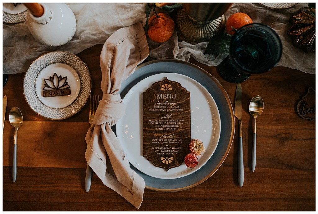 Ideas for luxury place cards and dinner menus for small wedding. Click for more Intimate Wedding ideas in response to the effects of COVID-19 on weddings. Wedding planning by Perfectly Posh Events, based in Seattle and Portland. Wedding photography by Lindsay Blair Photography. Menu and Place cards by Pomp & Revel. #perfectlyposhevents