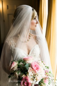 Thornewood Castle Wedding in Seattle | Stunning bridal portrait at Thornewood Castle | Perfectly Posh Events, Seattle Wedding Planner | Stephanie Cristalli Photography | Aria Style
