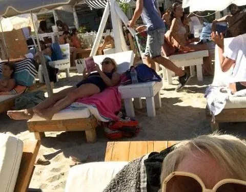 Sète Seashore Provencal Lifestyle Retirement Adventure Deborah Bine Barefoot Blogger