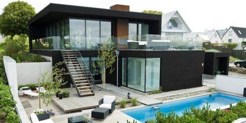 casas modernas negro dentro villa minimalista dos madera estilo planta suecia niveles terraza suiza blanco deck sillones ventanales veremos superior