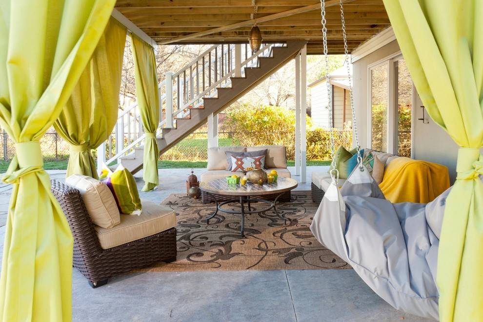 Making Custom DIY Curtains for Your Porch or Patio