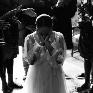 prayers for the bride at chateau wedding in france