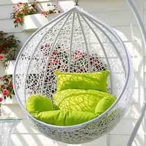 Подвесное кресло из ротанга в Севастополе. Плетеная мебель.