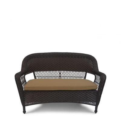 Недорогой диван из ротанга