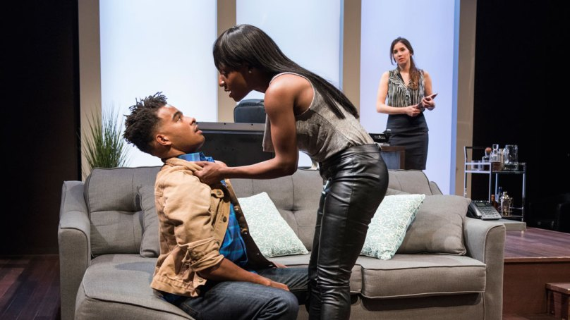 Review: KING LIZ at Windy City Playhouse