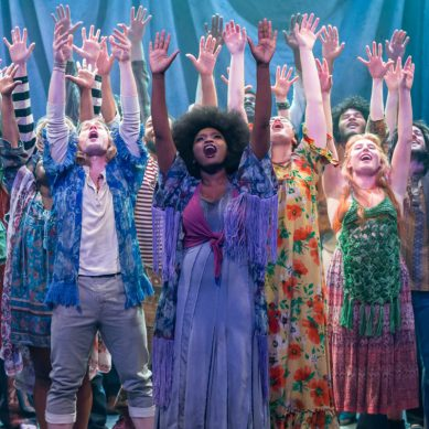 Review: HAIR at Mercury Theater Chicago