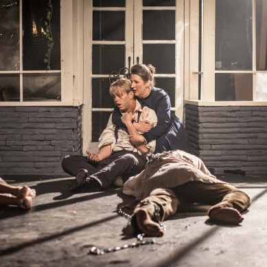 """Review: """"GHOSTS & zombies"""" at Akvavit Theatre"""