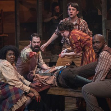 Review: HATFIELD & MCCOY at The House Theatre of Chicago