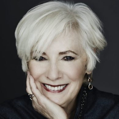 Sarah Siddons Society to Honor Betty Buckley
