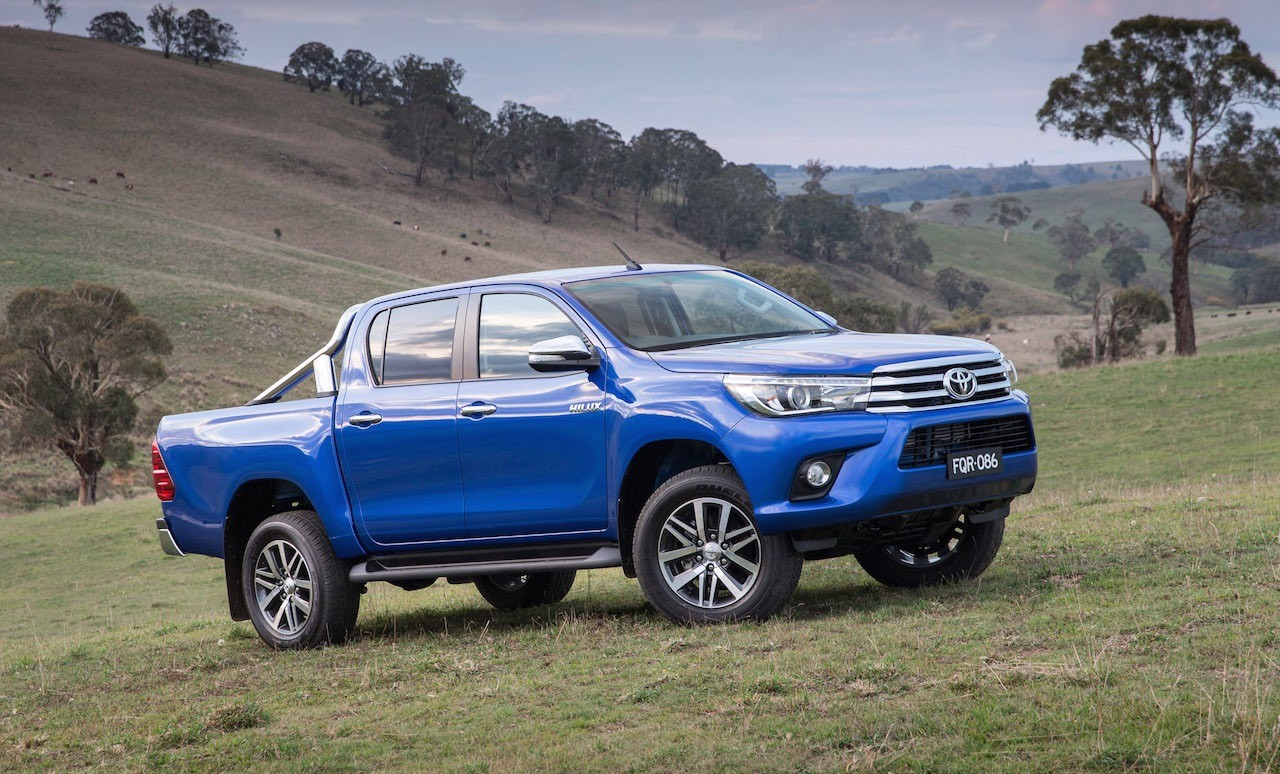 2016 toyota hilux unveiled on sale in australia in october