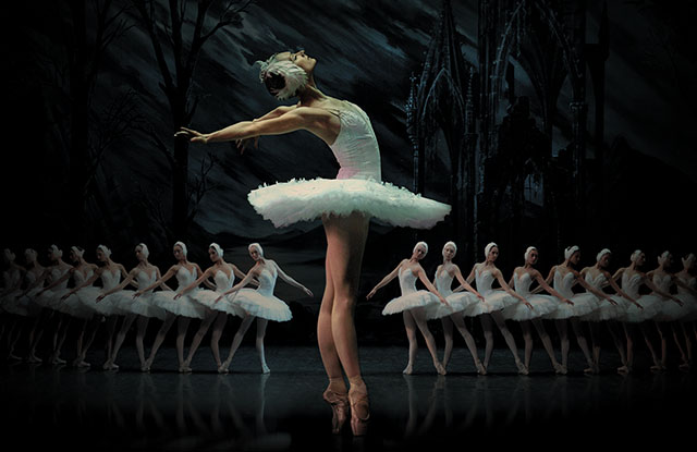 Swan Lake with the St Petersburg Ballet at the London Coliseum