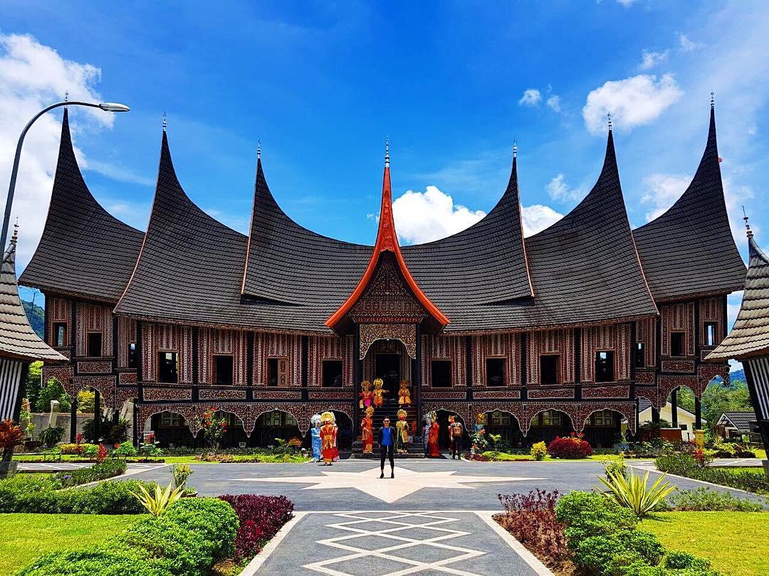 Yang bisa dilihat ketika berkunjung ke Padang via @waypras