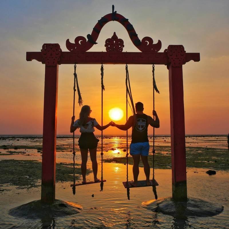 Gili Trawangan adalah salah satu tempat wisata yang romantis di Indonesia via @inzane_87