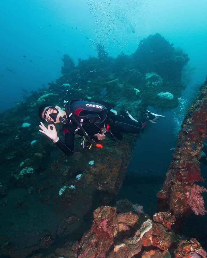 USS Liberty Shipwreck yang kemudian menjadi daya tarik utama Tulamben by IG @ivanifx