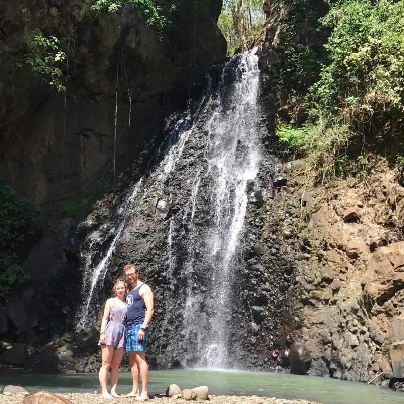 Air Terjun Singsing bisa dikunjungi kalau liburan ke Banjar, Bali via @hildeannine