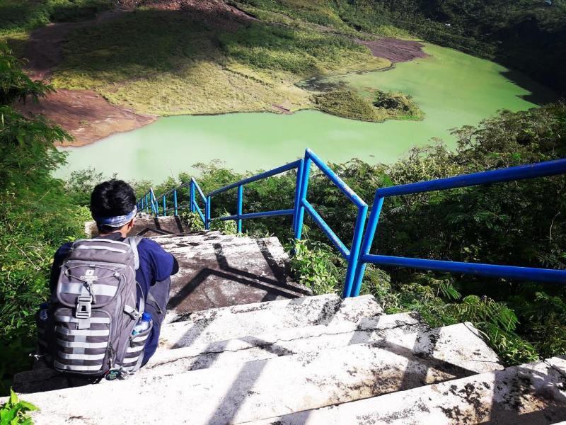 Kawah Gunung Galunggung di Tasikmalaya! via @kaptenlaur