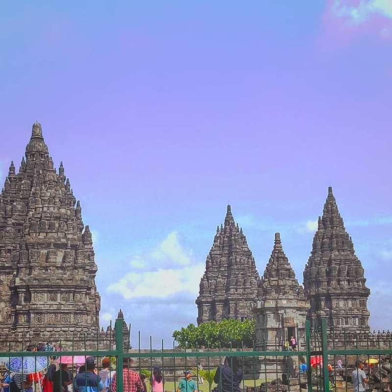 Di Museum Candi Prambanan ada banyak peninggalan berupa artefak, gerabah, gambar struktur Candi Siwa, fosil hewan! via @shintajulianaaa