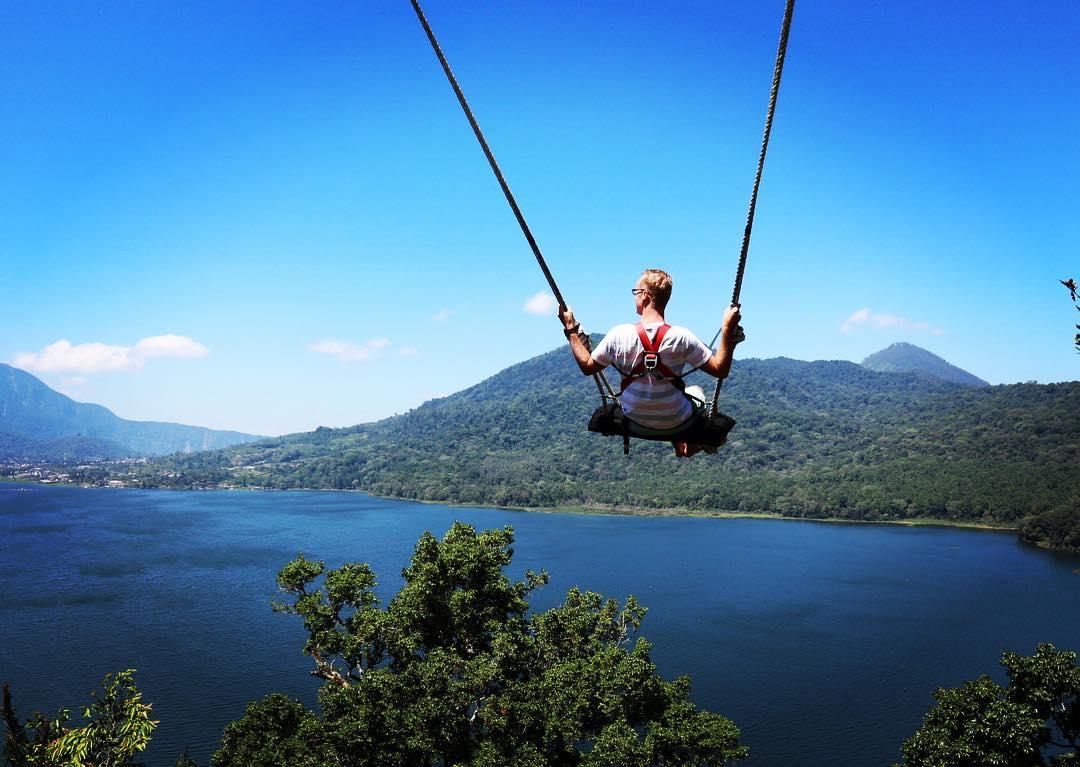 Danau Buyan ini berada di Kecamatan Sukasada Bali! via @sieger_beerda