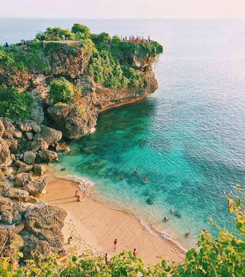 Daftar Pantai Di Bali Lengkap! Termasuk Pantai Baru Di Bali, Pantai Tersembunyi Di Bali, Hingga Pantai Di Bali Selatan Yang Sudah Hits!