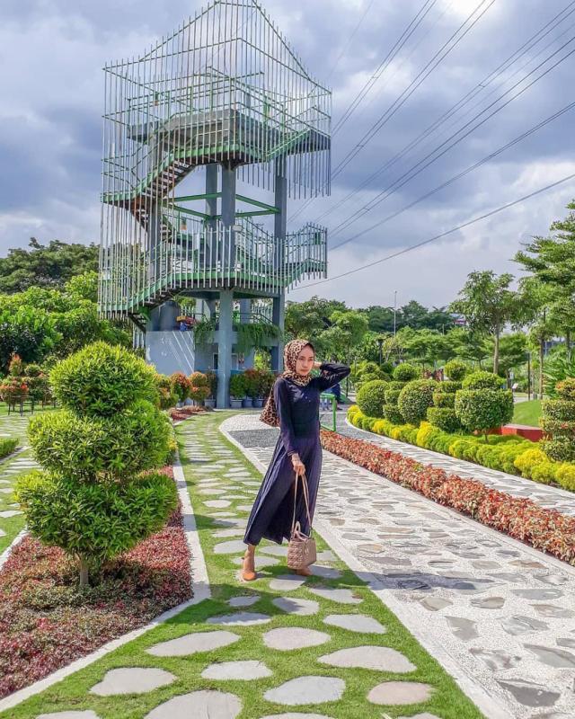 Daftar Tempat Wisata Di Kediri Jawa Timur Lengkap - Taman Hijau SLG