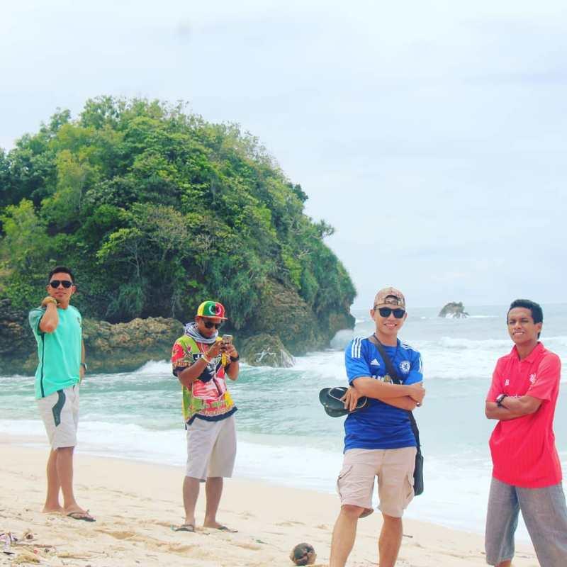 Daftar Tempat Wisata Pantai Di Blitar Jawa Timur Lengkap Pantai Indah Blitar