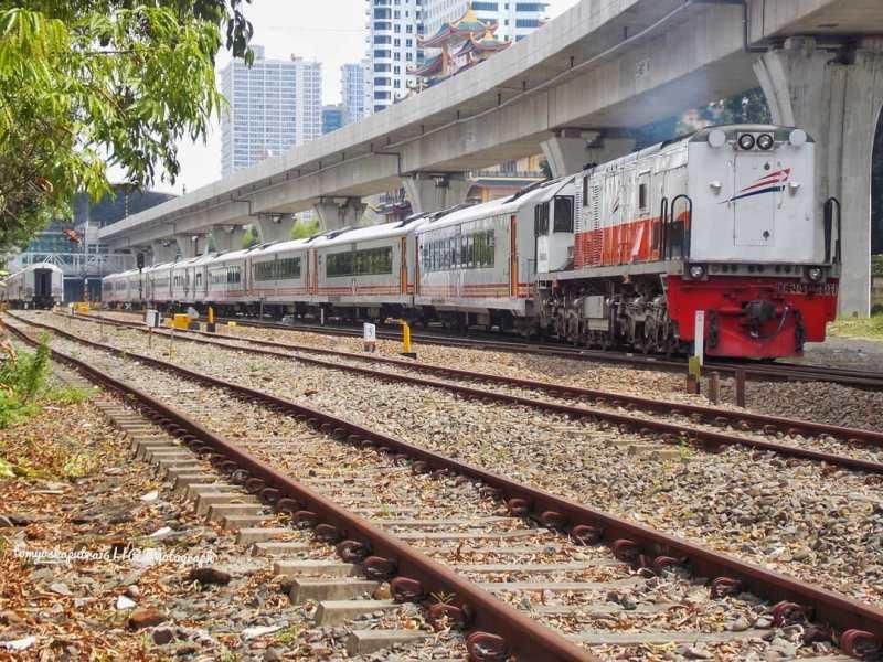 Informasi jadwal kereta reguler yang berangkat dari Stasiun Medan.
