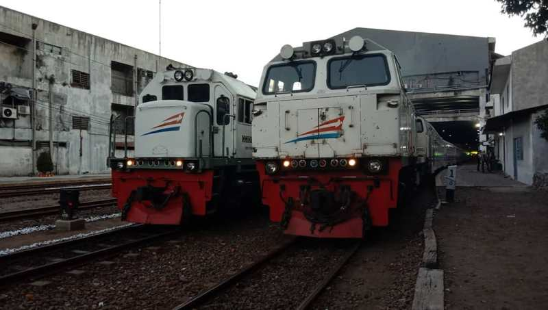 Ada bebrapa jadwal kereta Penataran yang bisa dipilih untuk rute Surabaya Malang Blitar.