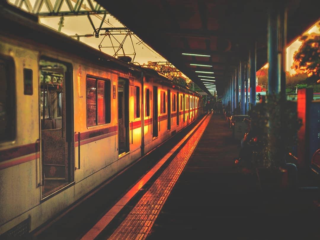 Stasiun Tangerang - Stasiun Kereta Api Indonesia