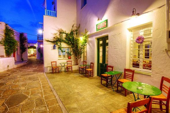 σ - 12 πανέμορφα παραδοσιακά καφενεία στην Ελλάδα!