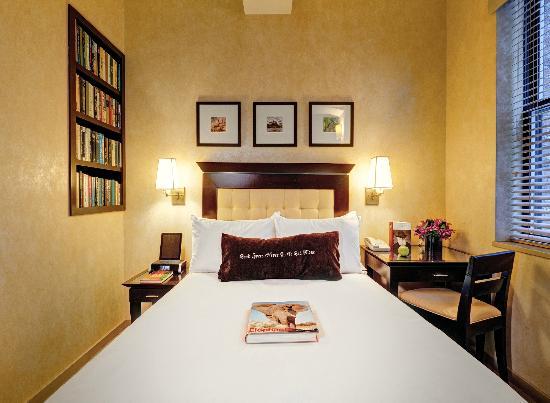perierga.gr - Library Hotel: Ξενοδοχείο για... βιβλιοφάγους!