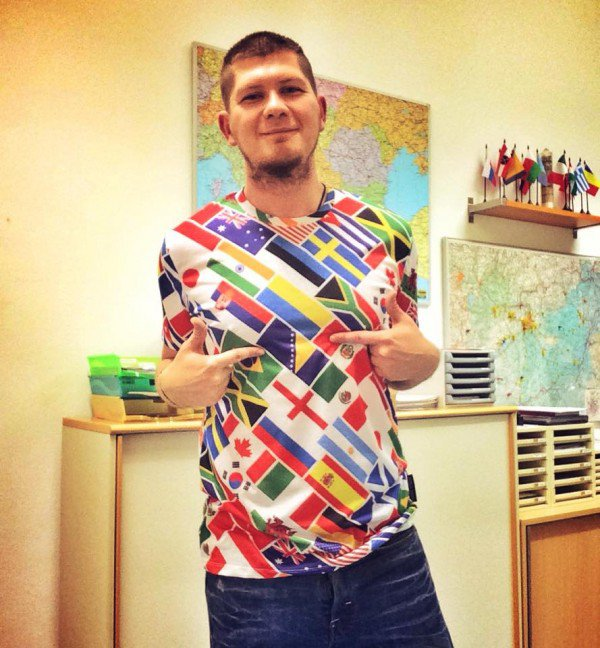 perierga.gr - 32χρονος μιλάει 56 γλώσσες!