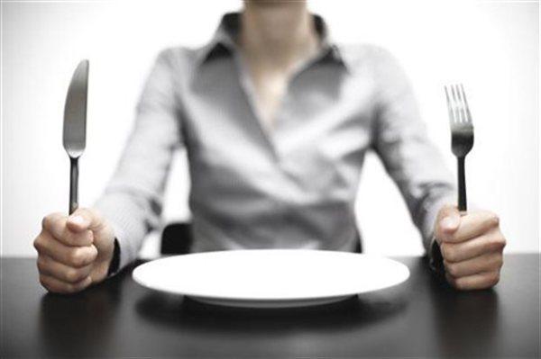 perierga.gr - Η πείνα ξεκινά από το μυαλό!