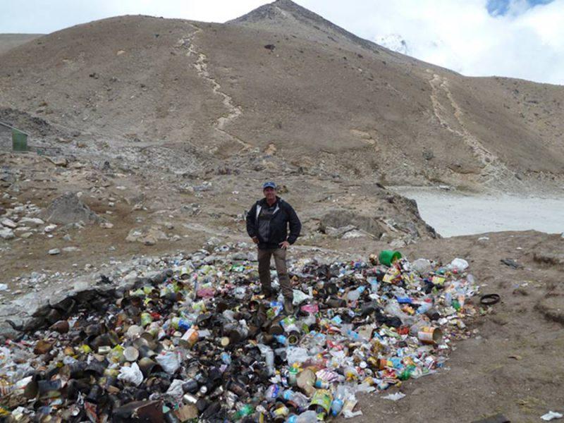 cuánta basura hay en el Monte Everest