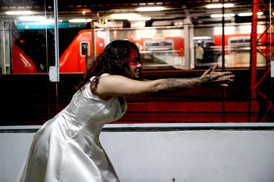 """Peça """"Antígona"""" retrata mulheres marginalizadas do Grajaú"""