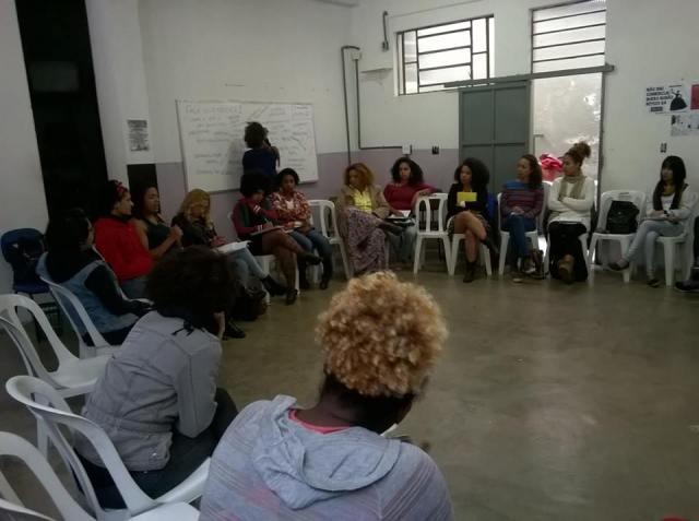 """A Revista Fala Guerreira é uma produção do ciclo """"Mulher e mídia na quebrada"""". Foto: Reprodução."""