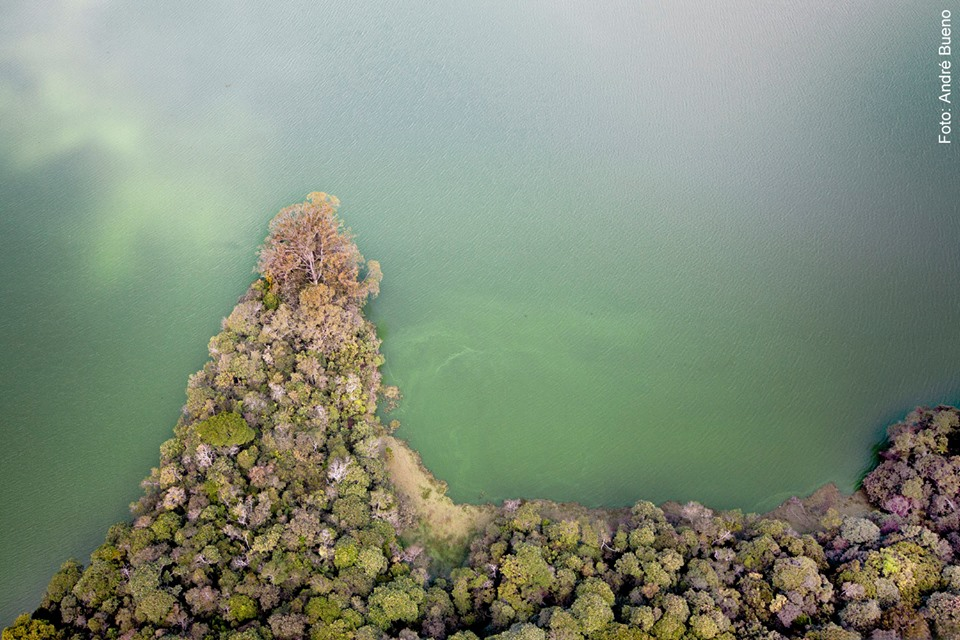 Na Ilha do Bororé, exposição fotográfica revela relações de moradores das margens com a represa Billings